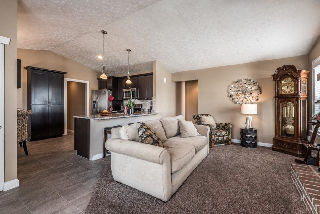 7843 Leaview Dr 010